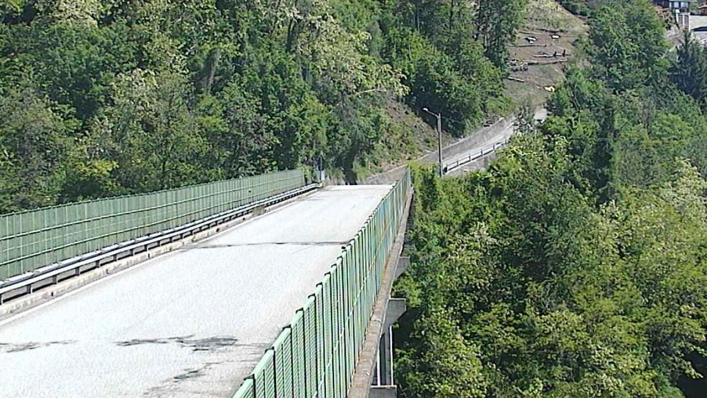 Il Ponte Colossus verso il Comune di Mosso